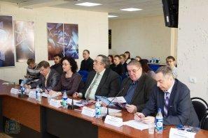 Внутривузовский отборочный этап весенней сессии конкурса программы «УМНИК»-2015  (2).jpg